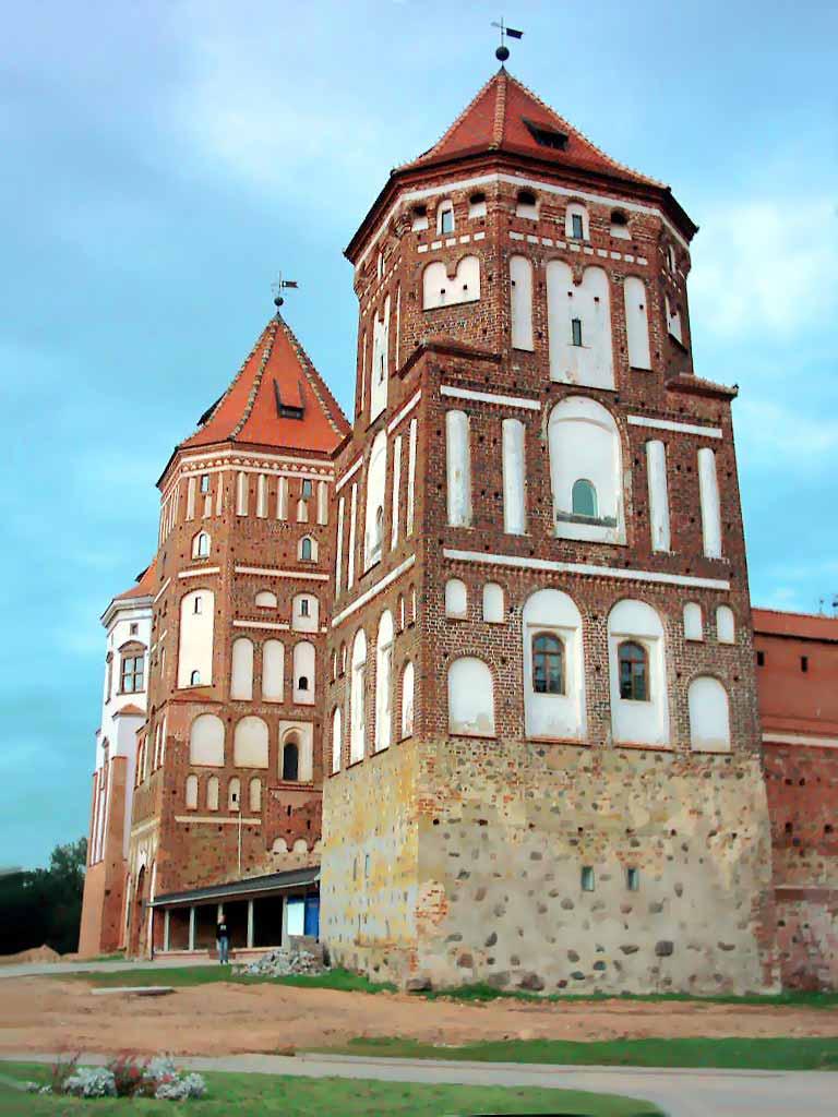 http://www.belarus.nemiga.info/mir/mir05.jpg
