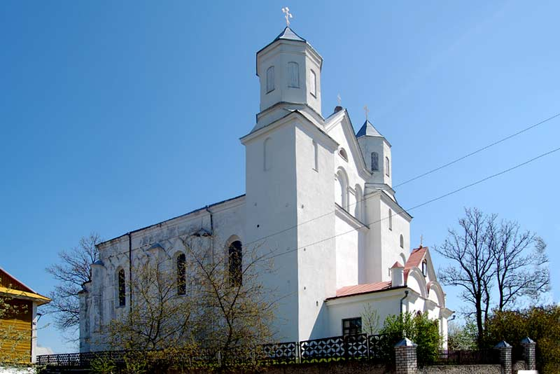 http://www.belarus.nemiga.info/novogrudok/borisoglebskaya-tserkov-8.jpg